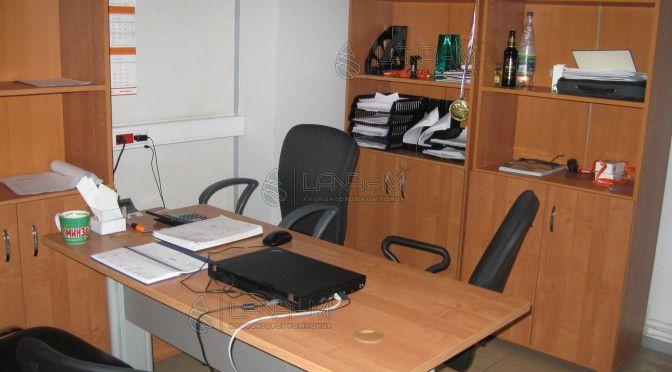 IMG 3911 672x372 - Уборка офиса - работа для клининговой компании