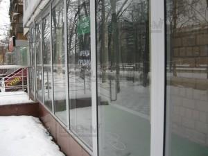 IMG 4114 300x225 - Чистая витрина-лицо магазина